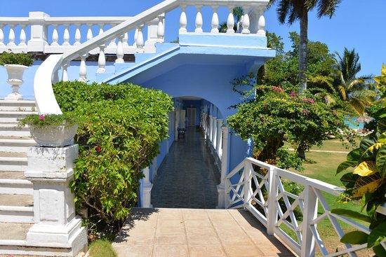 Jamaica Inn: Expect the Unexpected !