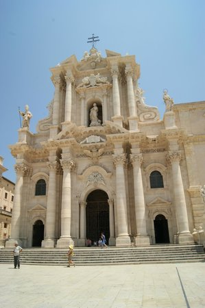 Duomo di Siracusa: Дуомо Сиракузы