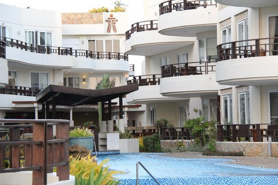 7Stones Boracay Suites: General view