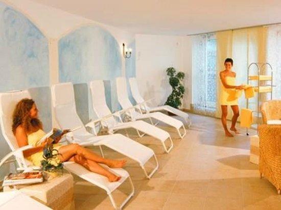 Residence Montani : Saunalandschaft