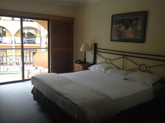 Palm Royale Cairns: Nice Bedrooms