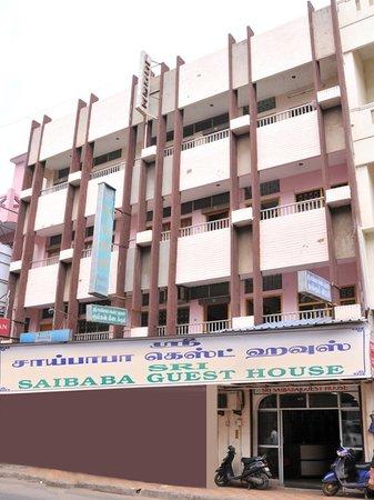 Sri Saibaba Guest House: Elevation