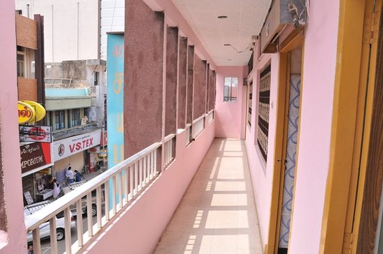 Sri Saibaba Guest House: City View