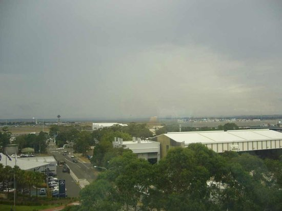 Stamford Plaza Sydney Airport : View from my bedroom