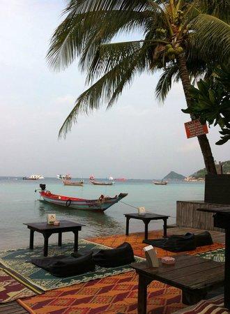 Wind Beach Resort : Breakfast by the beach
