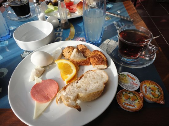 Seatanbul Apart: My very nice breakfast at the seatanbul