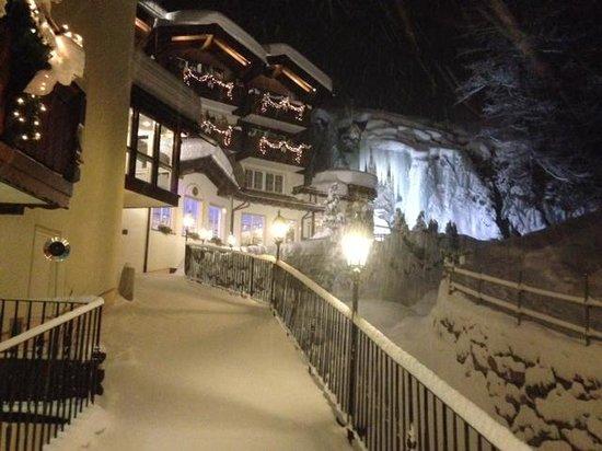 Hotel Sonne Zermatt : Hotell