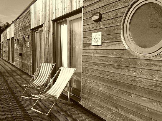 Hotel Des Argousiers : terrasse chambre étage