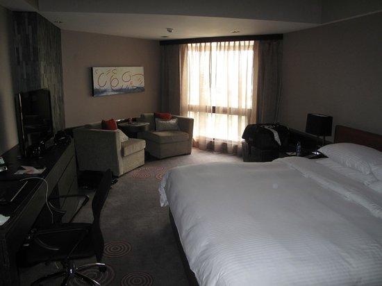 Hotel Jen Manila: room