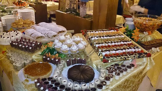 Hotel Antares: Dessert!