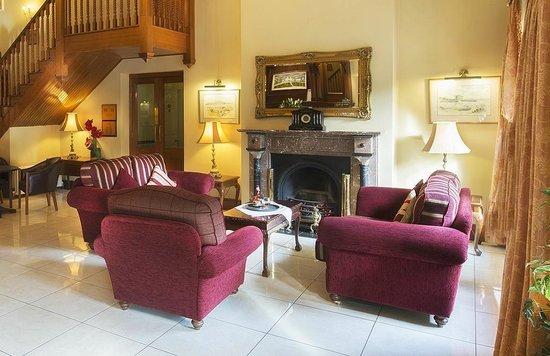 Oranmore Lodge Hotel: Foyer