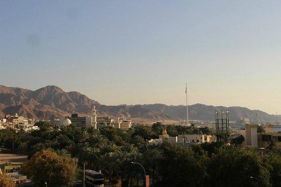 Aqaba Gulf Hotel: Вид из номера.