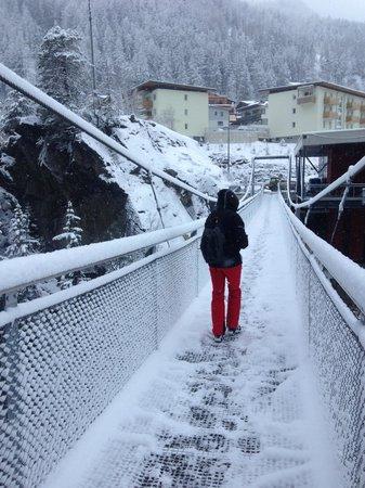 Aliona Apart: bridge