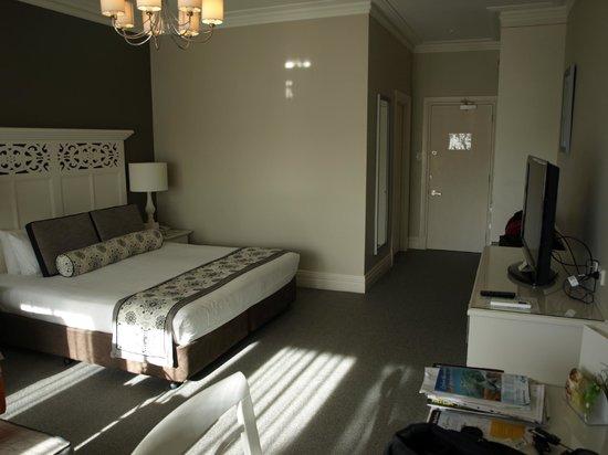 Grand Mercure Basildene Manor: Bedroom