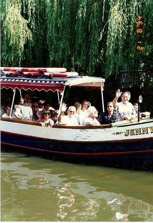 Walker's Quay Canal Cruises: Jenny Wren
