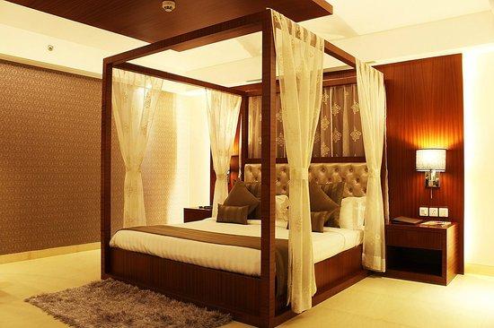 Celesta - Kolkata: Suite Bedroom