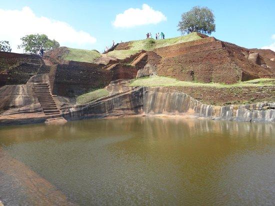Sigiriya World Heritage Site: Бассейн на V уровне
