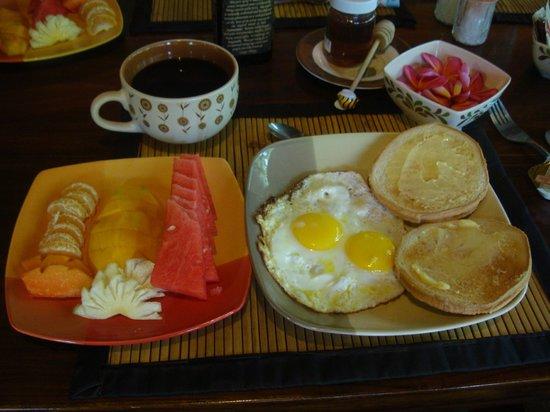 Geria Giri Shanti Bungalows: Yummy breakfasts