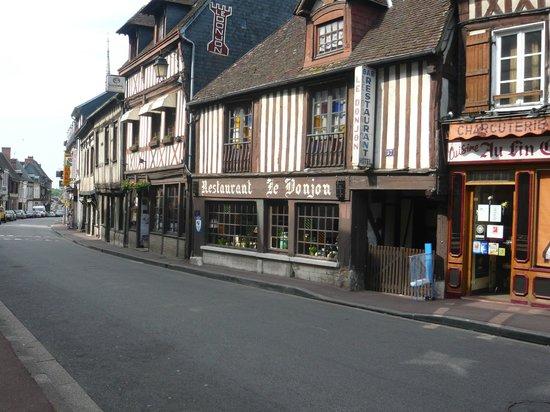 Conches-en-Ouche, Pháp: restaurant incontournable de conches en ouche lors de votre visite à ne pas manquer