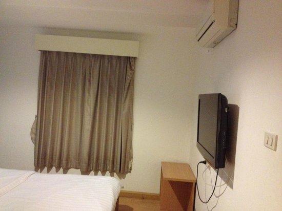 Nantra De Comfort: Suite