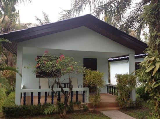 Sabai Resort: Bungalow von Aussen