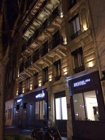 Hotel Devillas: Front