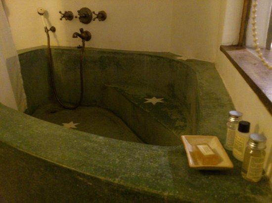 Mykonos Blu: The Big Concrete Bath Tub