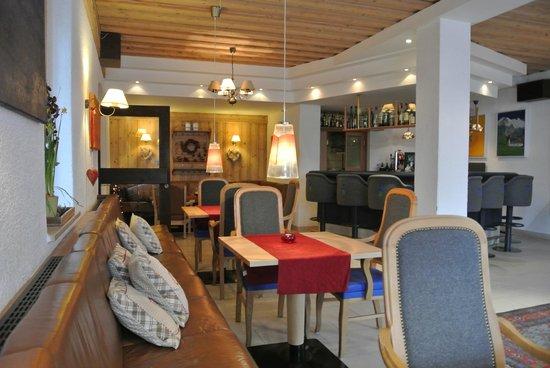 Alpine Well&Fit Hotel Eagles-Astoria Innsbruck-Igls : Bar etc