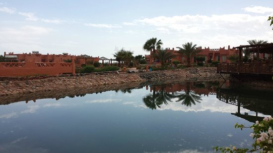 Hauza Beach Resort : Рядом с рестораном