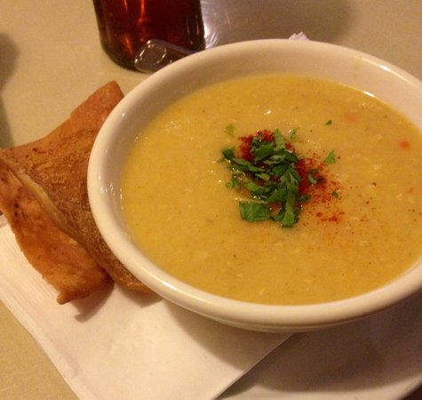 Phoenician Garden Mediterranean Bar and Grill: Lentil Soup