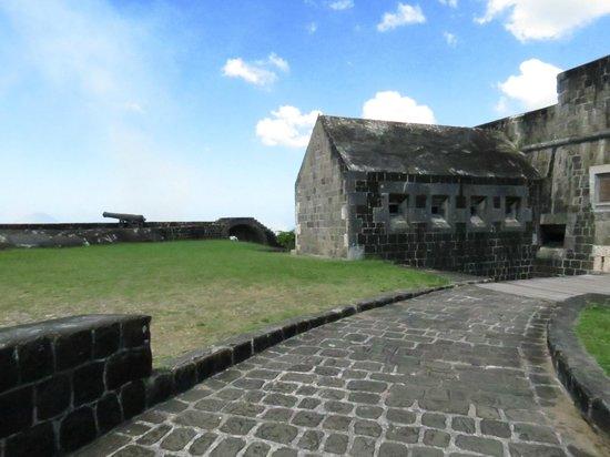 La forteresse de Brimstone Hill : Top of the starirway