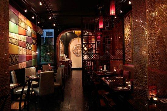 Charm Oriental Bar & Thai Restaurant: Nice...