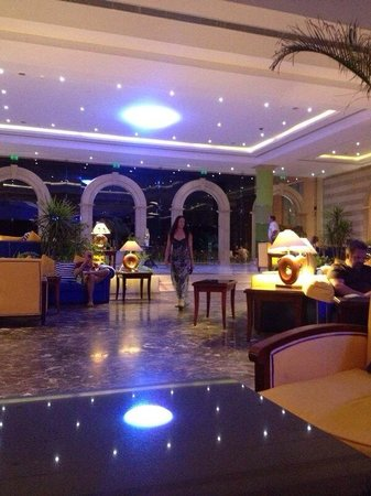 Resta Grand Resort : Lounge area