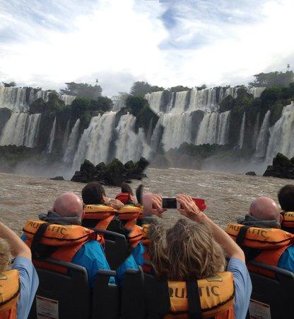 Cataratas del Iguazú: En contacto con Cataratas