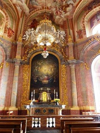 Katholische Hofkirche - Dresden: Seitenaltar