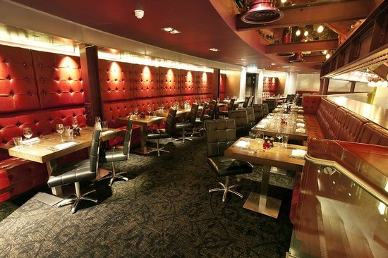 Heliot Lounge Bar And Restaurant