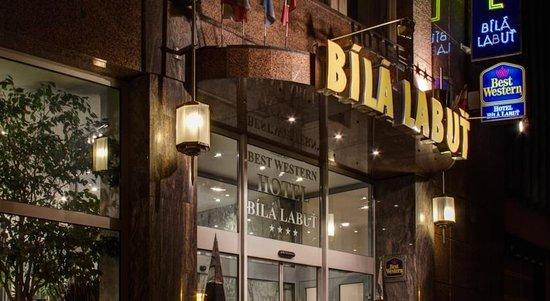 Luxury Family Hotel Bila Labut : Hotel udefra