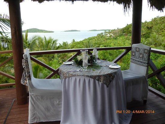 Wananavu Beach Resort: private dinner on our deck