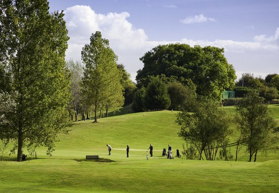 Mold, UK: 3rd Green