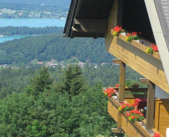 Baumgartnerhof: Haus See Ausblick