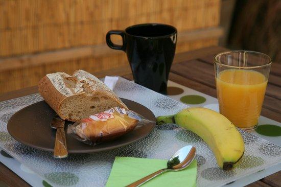 Residence Les Cordeliers : Petit Dejeuner du 1er juin au 31 aout