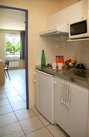Residence Les Cordeliers : Kitchenette studio