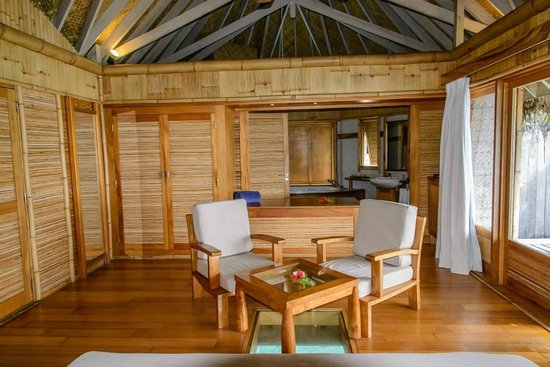 Tikehau Pearl Beach Resort: Overwater bungalow