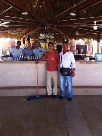 Jaz Fanara Resort & Residence : Saluto gli amici bel bar piscina 3-9-N