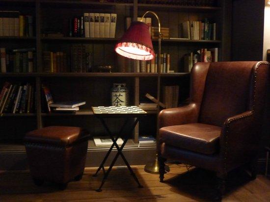 Monbijou Hotel: lounge
