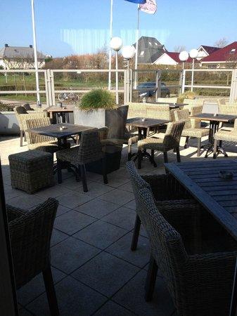 Hotel Greenside: Front terrace