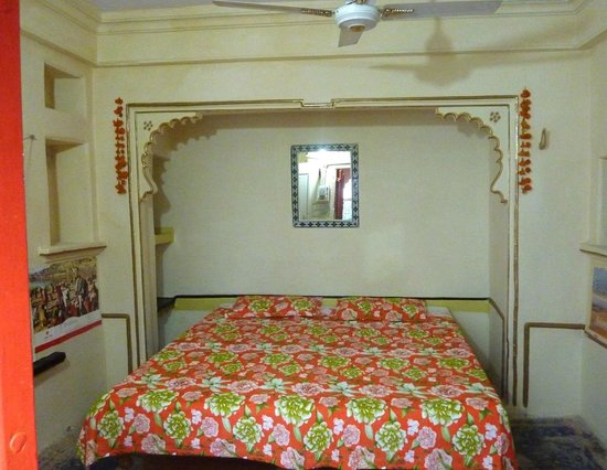 Lake Sky Paying Guest House : Nice, comfortable and very clean rooms with private bathroom