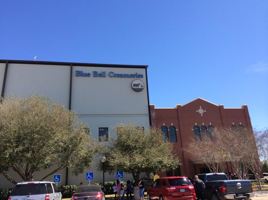 Blue Bell Creameries: Factory Building