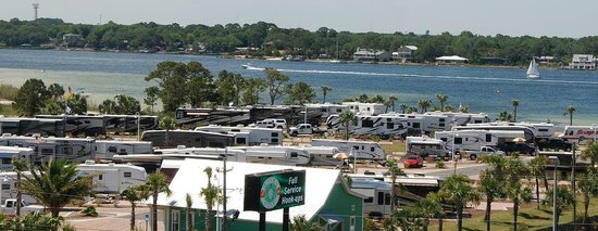 Destin West RV Resort : Aerial of the park and bay