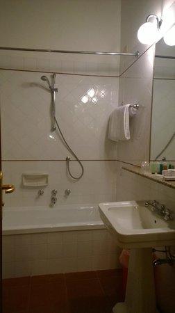 Hotel Canada, BW Premier Collection : Toilette
